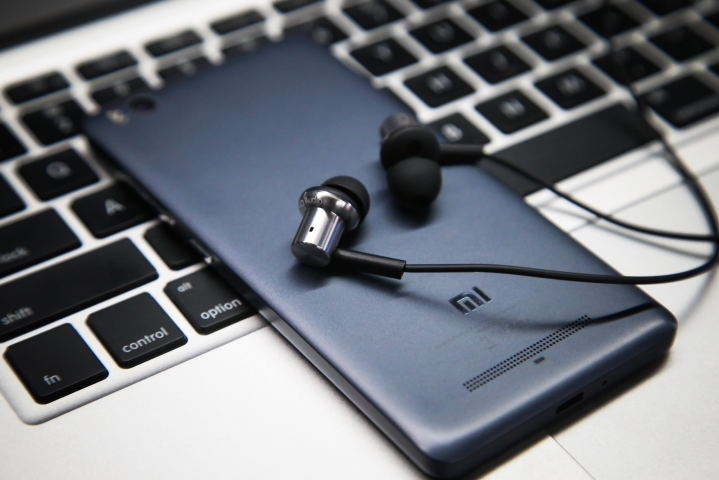mi-hybrid-headphones-007